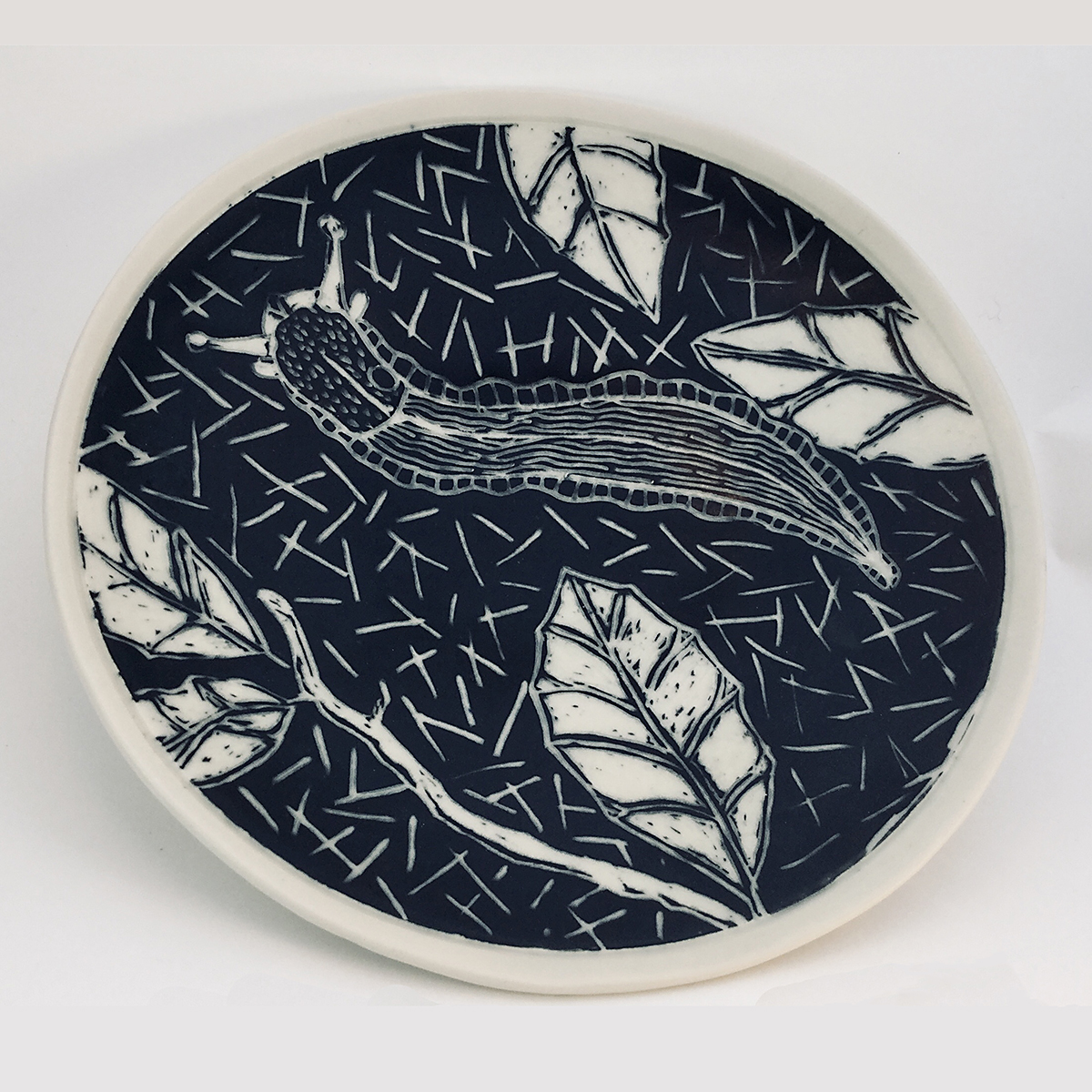 circular slug plate with foot